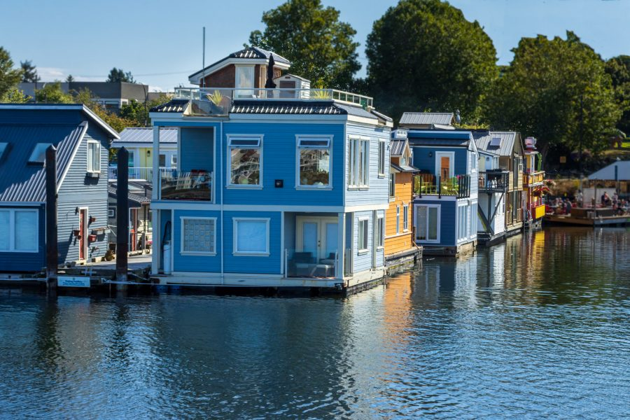 Float home at fishermans wharf Victoria
