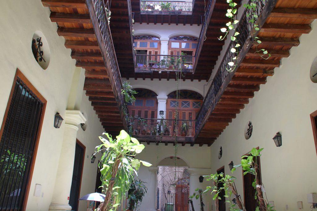 Cuba Buildings 11