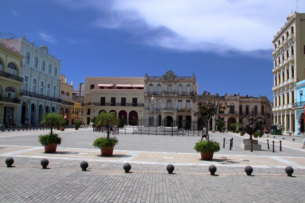 Cuba Buildings 12