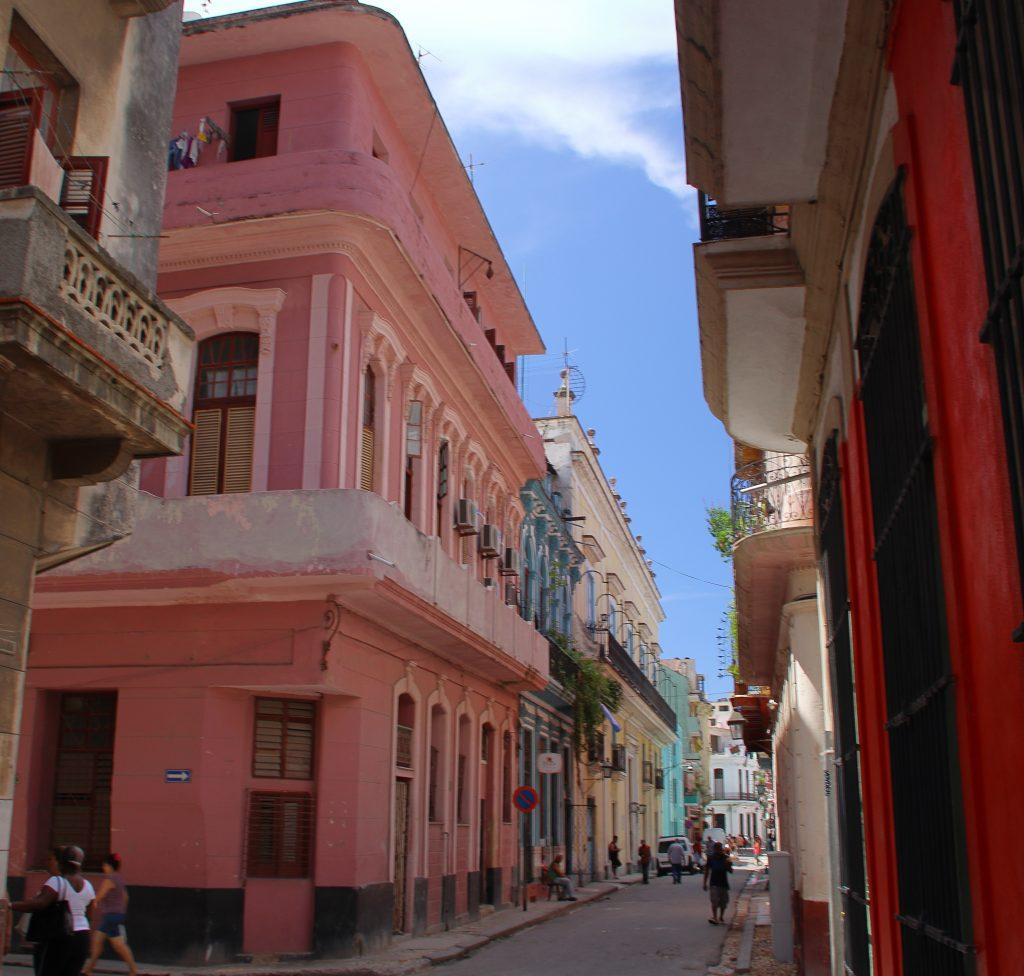 Cuba Buildings 17