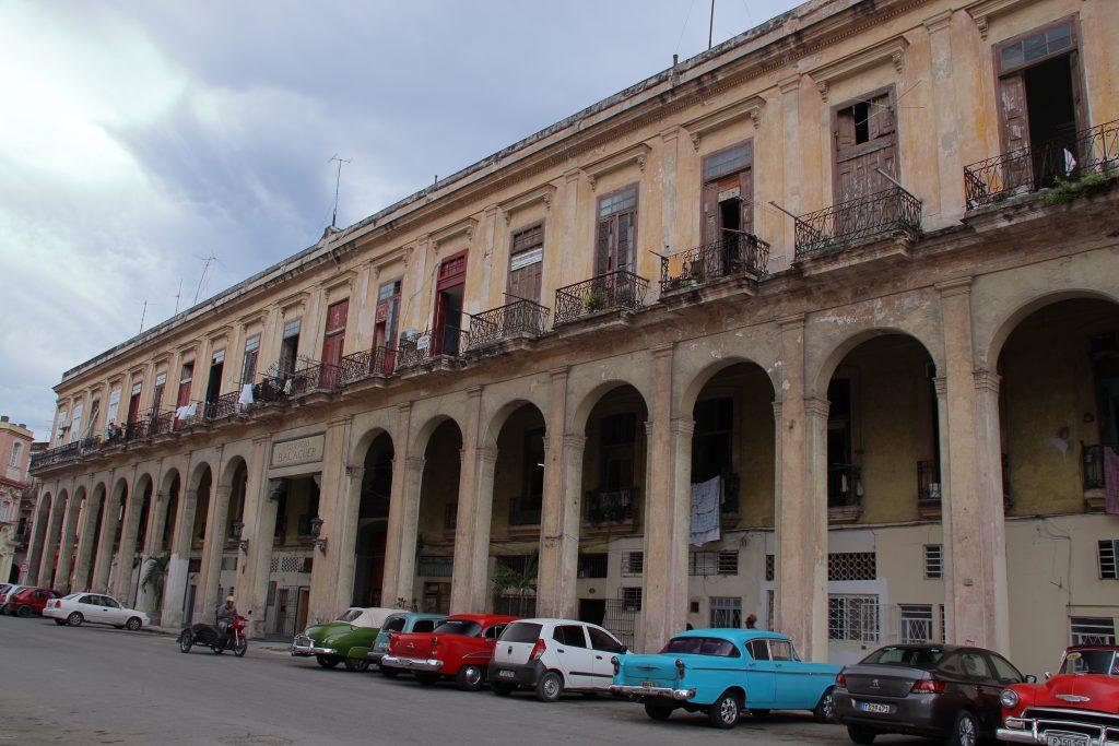 Cuba Buildings 19
