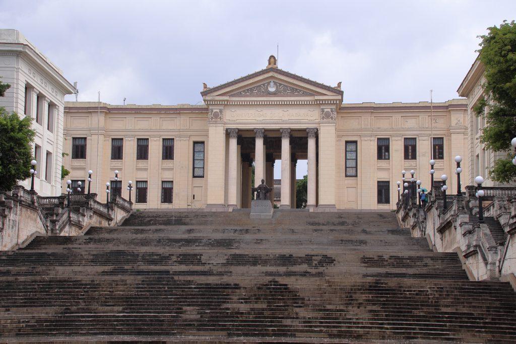 Cuba Buildings 28